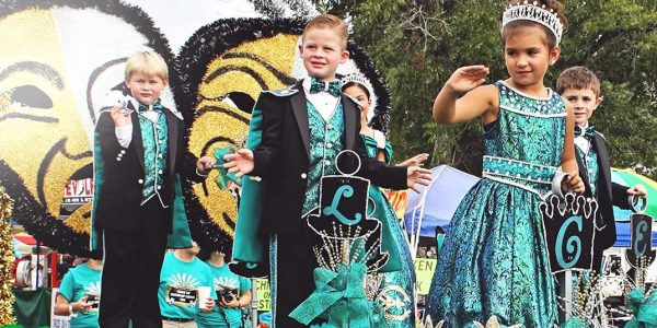 Children and Floresville High School cheerleaders at the Floresville Peanut Festival