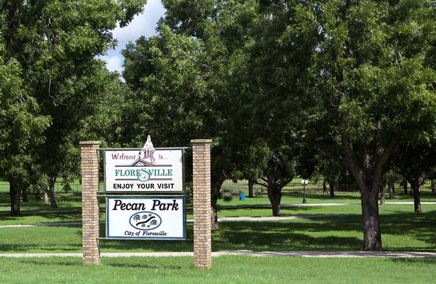 Pecan Park, Floresville, Texas