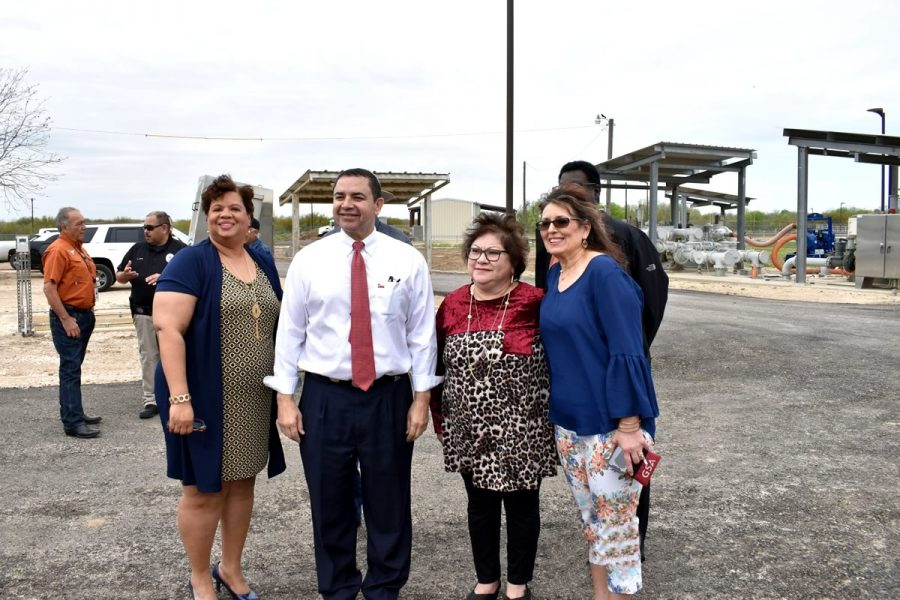 City officials and U.S. Congressman Henry Cuellar tour the newly constructed, state-of-the-art wastewater treatment plant in Floresville.